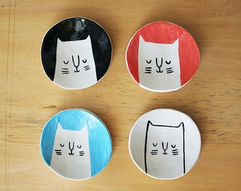 Made to order: Small Cat Dish in any Colour