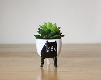 Ready to ship: Small Three-legged Planter with Black Cat on Creamy White