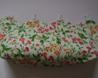 Pink & Yellow Flowers on Pale Green Background Purse Cover