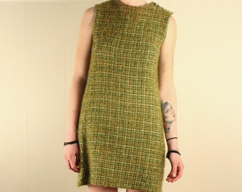 Vintage 1960s green woolen dress