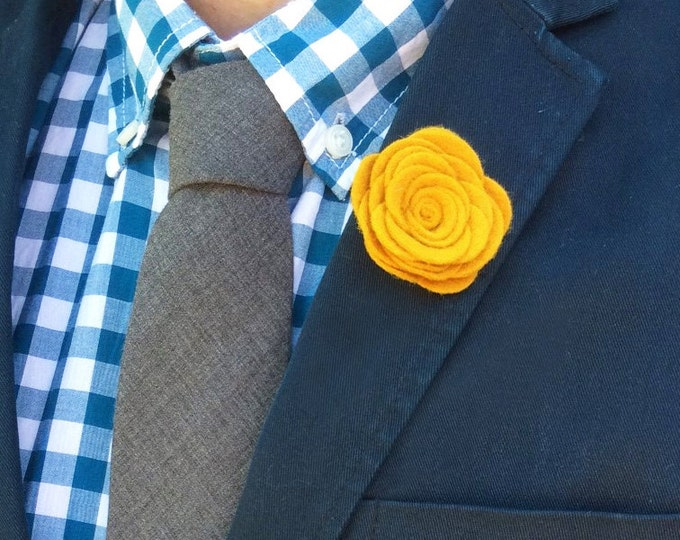Wool Felt Flower Lapel Pin - Gold