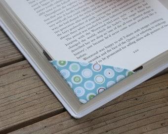 2 corner bookmarks - Circles