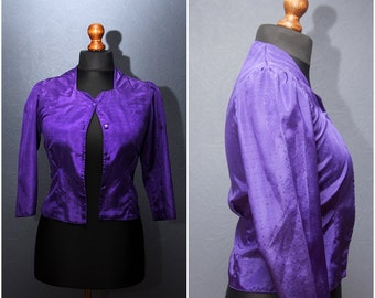 Vintage bright Purple blouse with medium short sleeve / Size S