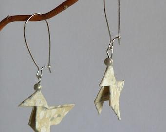 Boucles d'oreilles Origami Cocottes Fleurs Blanches et Argent.