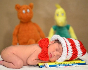 Dr. Suess crochet hat and tie. Newborn outfit, newborn photos, babys first photos, photo prop.