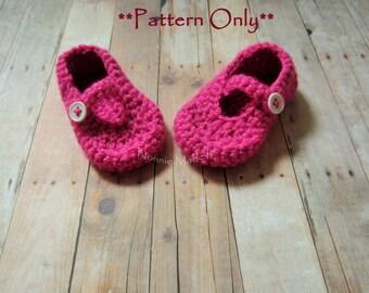 Crochet mary janes pattern, girls mary jane pattern, mary Janes, crochet baby shoe pattern, crochet pattern, pattern, crochet bootie pattern