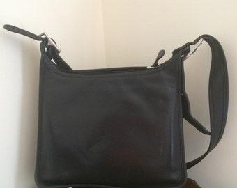 COACH 9966 Vintage Legacy Black Leather Shoulder Bag Crossbody Adjustable Strap