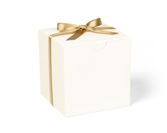 Favor Boxes, Ivory with Gold Ribbon // set of 8