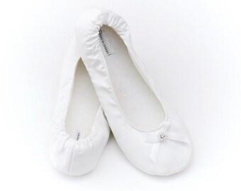 Bridal Slippers with Rhinestones Size 5-12, Great Wedding Flip Flop Alternative