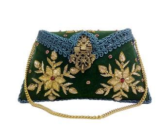 Ruhmet Floral Embroidered Clutch Bag