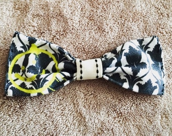 Sherlock hair bow, Sherlock Hair clip, Sherlock bow, Hair Bow, Hair Clip, Fabric Hair bow, 221b wallpaper bow,