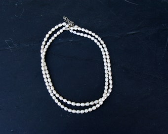 "Necklace ""Gatsby"" with white pearls"