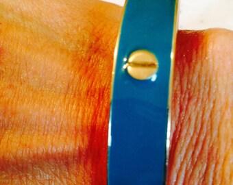 Vintage bangle. blueish green bangle. Gold bangle. blue green bracelet. Gold bracelet. Bangle bracelet. Hoop bracelet.Bangle TBFB0519