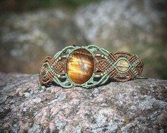 Tigereye 'Treeheart' Macrame Bracelet Healing Stone Midevil Forest Fairy