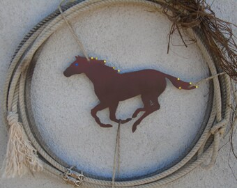 Western Rope Wreath.  horse and Raffia Lasso Wreath. Western horse and Rope decor.  Rustic raffia, rhinestones, rodeo rope decor.