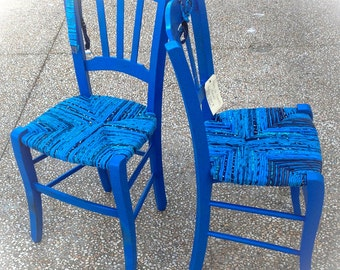 Vintage strow chairs in the blue tones. Two pieces