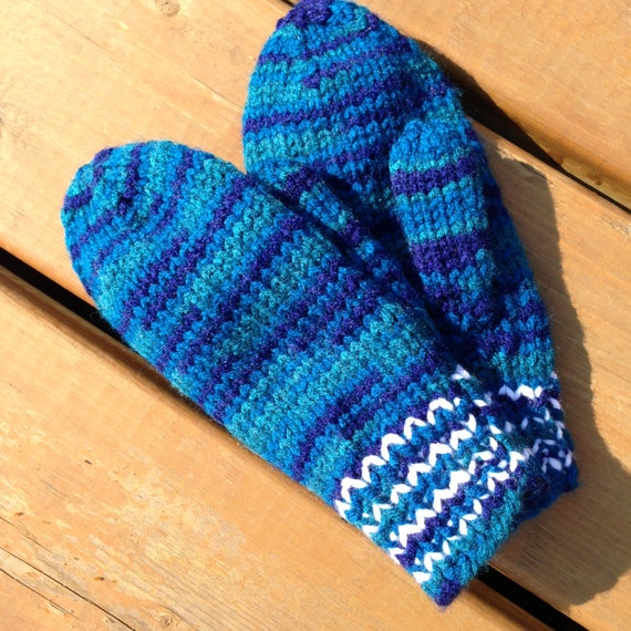 Knitting On 4 Needles : How to knit baby booties with four needles