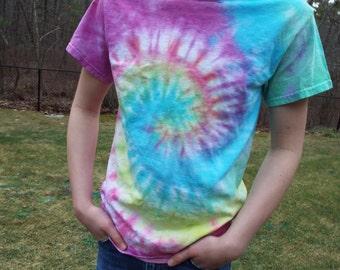 Classic Tie Dye, Swirl Tie Dye, Hippie Clothes, Custom Tiedye, Festival Wear, Concert Wear, Adult tiedye, Ooak tshirts, Hippie Tie Dye, Boho