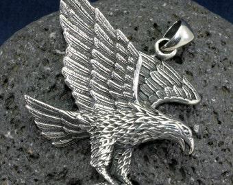 Eagle, pendant sterling silverr   ---  4716