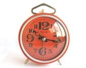 """Vintage russian alarm clock """"Yantar"""". Soviet Alarm clock. Vintage alarm clock. Working Vintage clock. USSR alarm. Alarm clock. soviet clock."""
