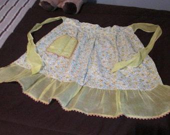 Vintage Floral Half Apron With Ric Rac and Yellow Voile Border Ruffle