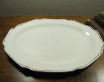 Vintage Platter - White With Gold Accent Band