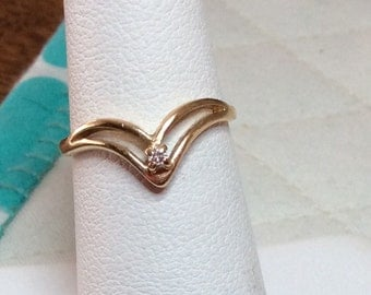 14kt Yellow Gold Chevron Ring with Small Diamond