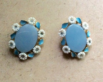Retro Baby Blue Moonglow with Daisy Accent Clip On Earrings