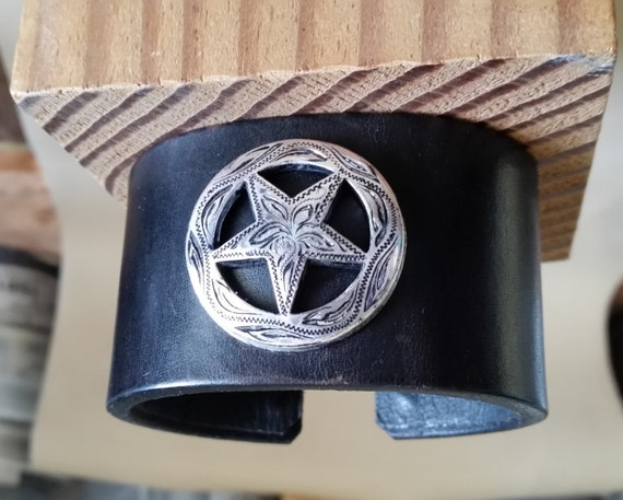 SILVER STAR CUFF Black Leather Bracelet. 6-1/2 Inch Wrist Size. Texas Ranger Star Concho. Lined, with Hook Closure. For Women, Men, Unisex.