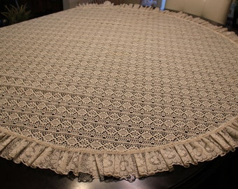Round Lace Tablecloth with Ruffled Edging