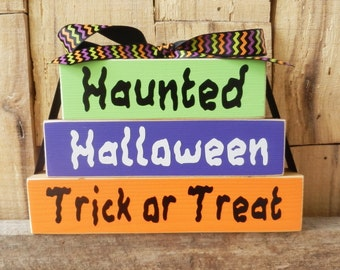 Haunted Halloween Trick or Treat, Halloween Blocks, Wood Blocks, Wood Sign, Halloween Decoration, Small Block Set, Trick or Treat, Haunted