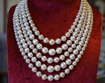 Necklace multistrand pearl necklace-