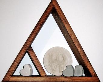 Triangle shelf, shadow box