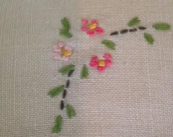 Set/4 Vintage Table Linens