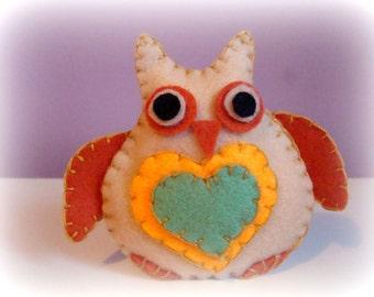 Owl Felt Ornament. Handmade Owl ornament. plush toy ornament.owl felt decoration. Baby room decor. Owl decor. Plush toy decor