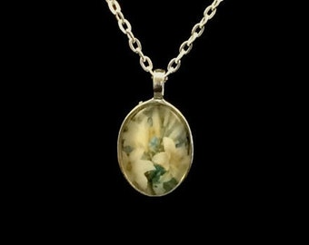 Lilies oval glass pendant necklace (ACO2-F1)