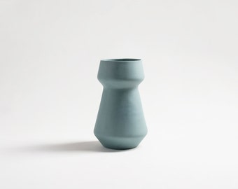 modern teal vase, turquoise ceramic flower pot, ceramic flower vases, turquoise vase, modern minimalist home decor, wedding vase centerpiece