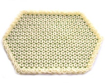 4 vintage yellow yarn placemats, hand woven place mats, yellow and green table mat, hexagon flower star table linen place setting