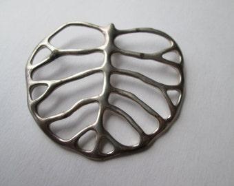 Vintage AC Studio Sterling Silver Leaf Pendant (058)