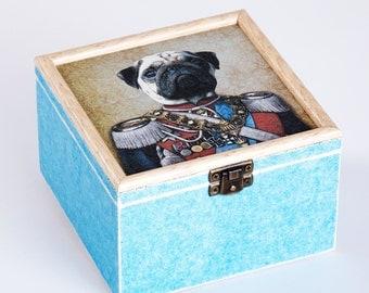 Wood box with decoupage - General Hund