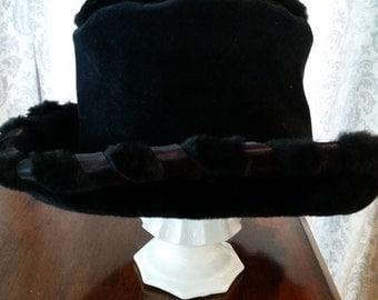 Vintage Whittall & Shon Black Bucket Hat
