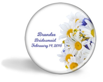 Personalized pocket mirror, Bridesmaid gift, Wedding favor, Shower gift, Bridal Party, Small gift, Thank you, Coworker, Daisy, Daisies