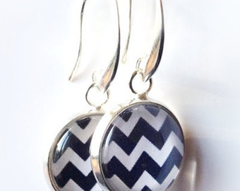 Black and White Chevron Pattern Earrings