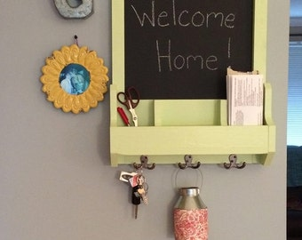 Entrance Organizer with Chalkboard