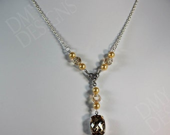 Vintage Elegance Necklace in Crystal Golden Shadow