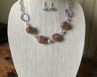 Flowers & chain necklace set
