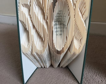 Five Seconds of Summer - 5SOS -  Book Folding Pattern - 218 folds - Easier than it looks!  Full tutorial included - Instant Download