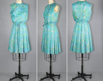 1960s dress / vintage dress / sleeveless / SEA FOAM day dress