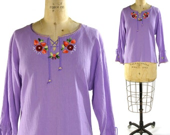 Indian Cotton Peasant Blouse / Vintage 1980s Embroidered Bohemian Hippie Cotton Gauze Top with Lacing