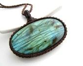 Labradorite Necklace, Labradorite pendant, Jewelry for her, Green Gemstone necklace, Green Gemstone necklace, Macrame necklace, Minimalist